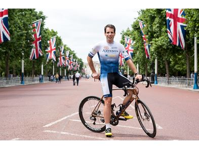 Mark Beaumont 2019 flags